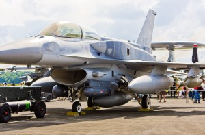 RSAF_F-16D_Block_52+_Fighting_Falcon_with_Conformal_Fuel_Tanks