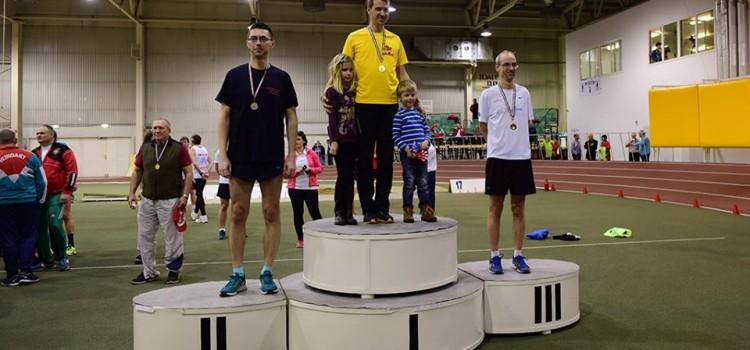 Országos bajnok Simák Gergő, férfi szenior 800m-en!