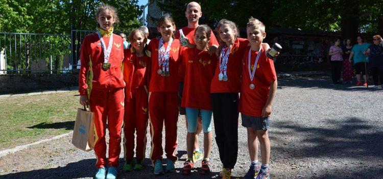 Ilyen csak az álmokban van! Országos bajnok a hegyi futó lány csapatunk!